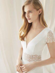 Brautkleid - Couture - ivory - Spitze - A-Linie - Aermel