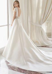Brautkleid - Couture - ivory - Spitze- A-Linie - Aermel