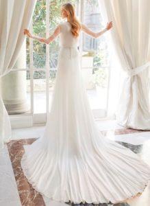 Brautkleid - Couture - ivory - Empire - Schleppe - Spitze -Aermel