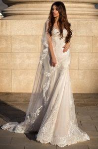Brautkleid - Couture - ivory - blush - Stickerei - Empire - Spitze