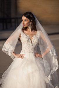 Brautkleid - Couture - ivory - Stickerei - Prinzessin - Schleier