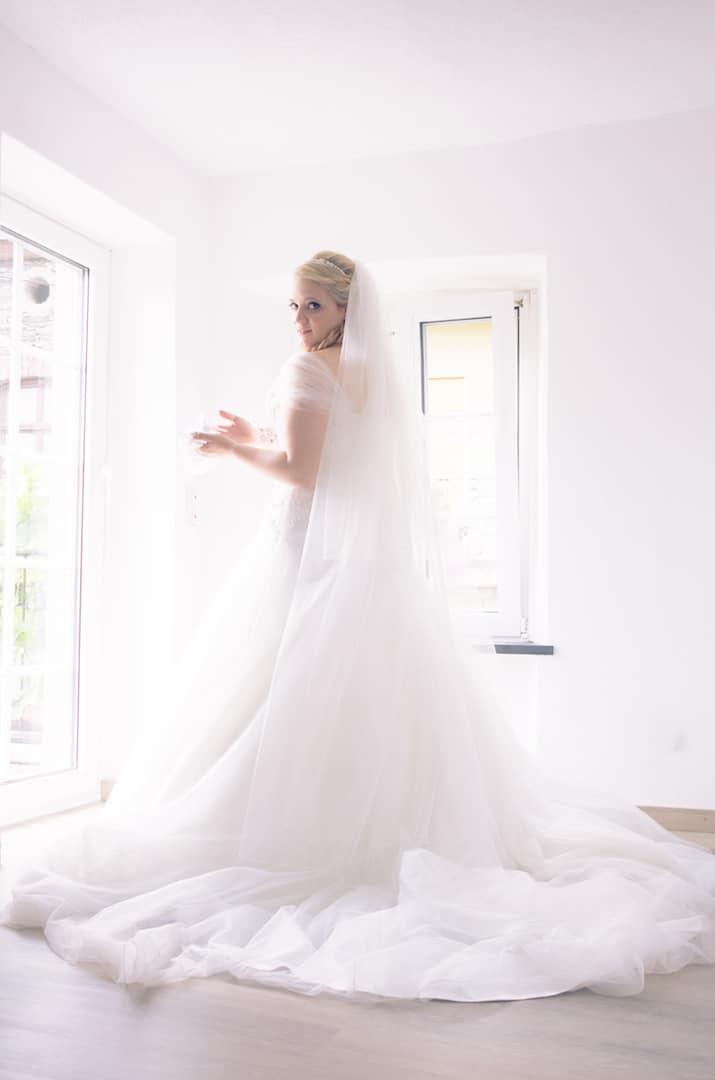 1 Braut – 1 Kleid – Der Weg zu meinem Traumkleid, eine Braut erzählt ...