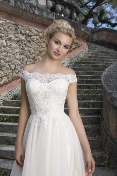 MF4122 (2) Hochzeit Curvy XXL ivory blush Traumkleid Luxemburg