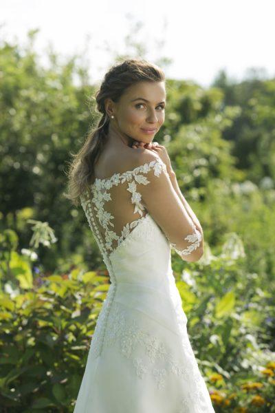 MF5029 Hochzeit Curvy XXL ivory blush Traumkleid Luxemburg