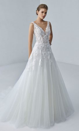 MF6422 Hochzeitskleid Brautmode Brautsalon Weddingdress Luxembourg (1)